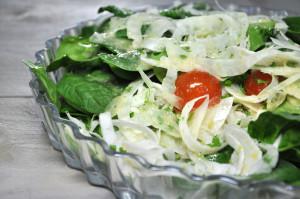 Venkel spinazie salade close